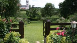 Современный семейный сад