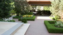 Реконструкция садов и парков